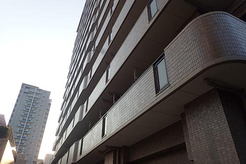 築50年のマンションの画像